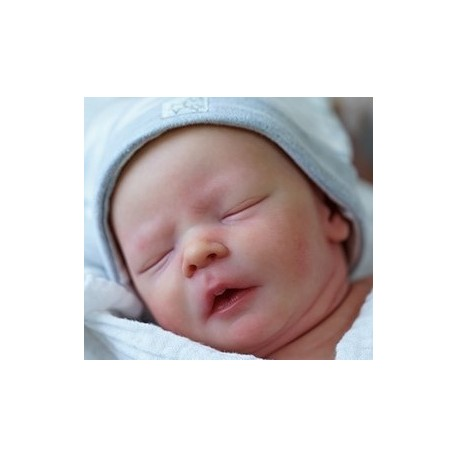 Realborn® Darren Sleeping. DARREN DORMIDO